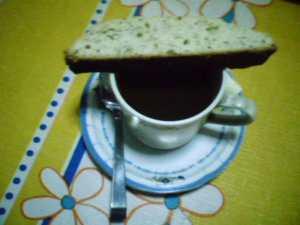 Lemon-poppy seed biscotti with <i>tsokolate ah</i>