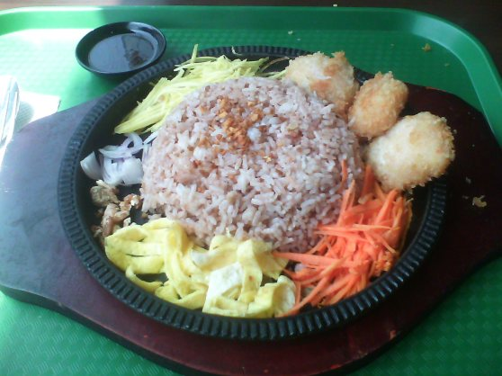 Bagoong RIce + Prawn Cakes = WIN